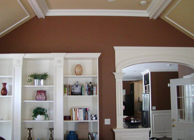 Vaulted Ceilings With Beautiful Trim Yes We Do
